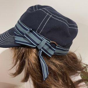 Azalea by Alexa Hat